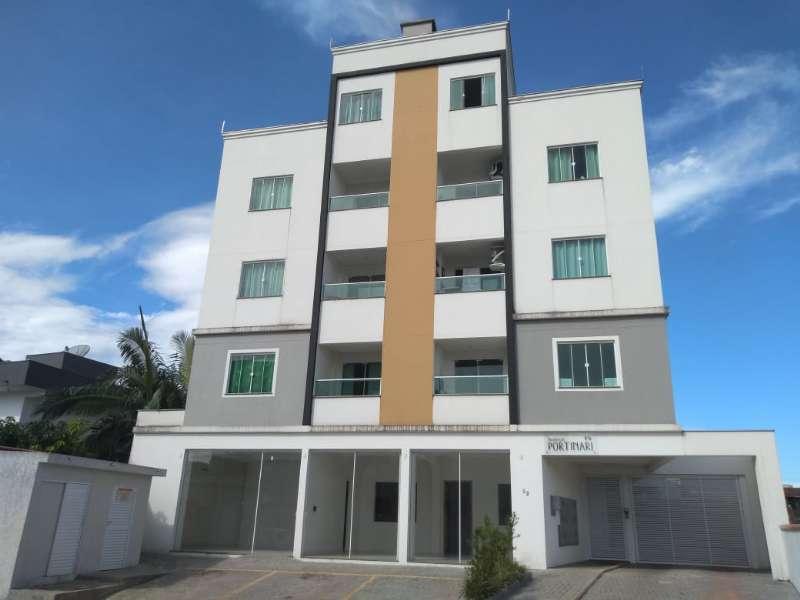 Apartamento   no bairro Centro em Guaramirim