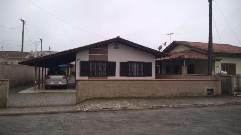 Casa 3 dormitórios no bairro Centro em Balneário Barra do Sul