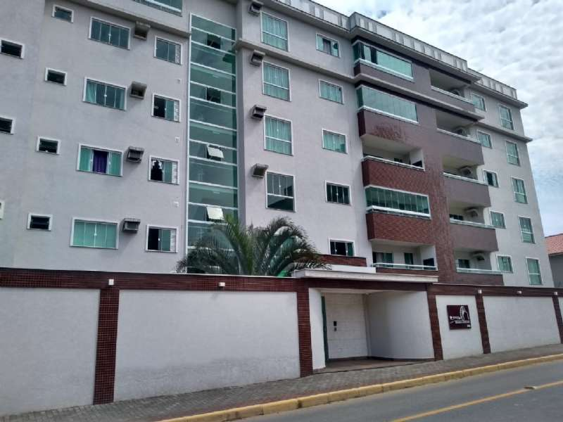 Apartamento 2 Dormitórios,  no Centro
