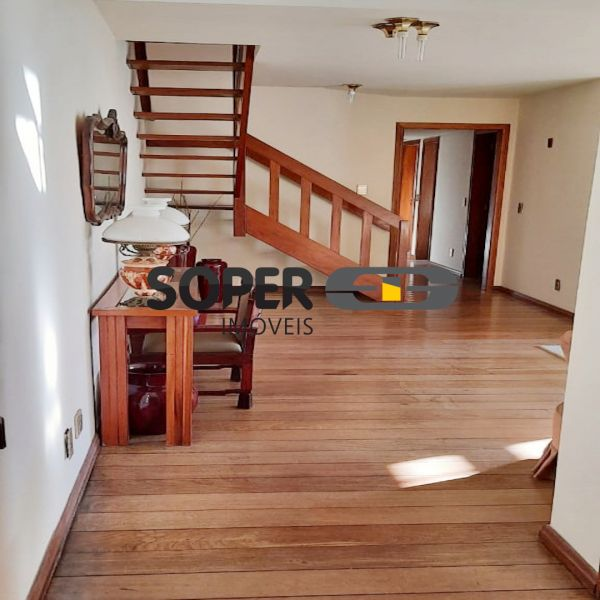 Apartamento à venda com 4 quartos  no Petrópolis