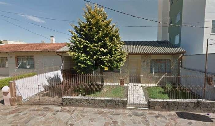 Casa  1 quarto e 2 suítes no Centro - Imóveis a venda em Lages e região