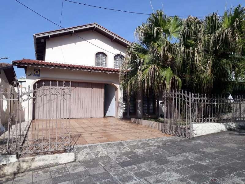 Casa  3 quartos e 1 suíte no Centro - Imóveis a venda em Lages e região