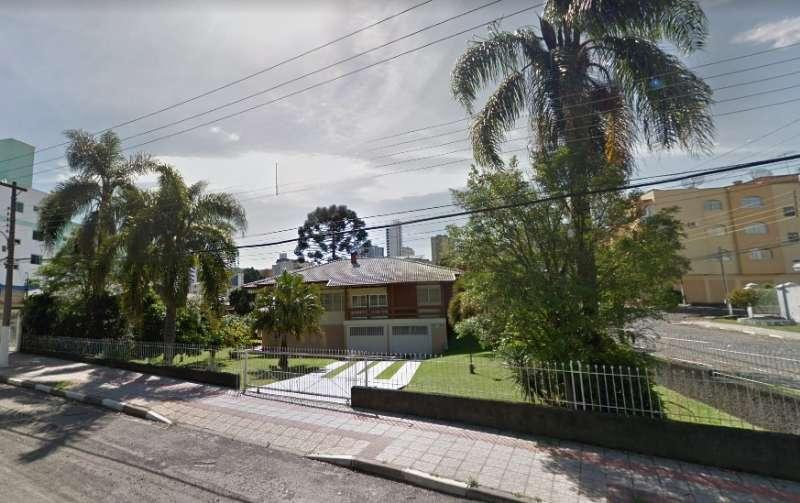 Casa  2 quartos e 2 suítes no Centro - Imóveis a venda em Lages e região
