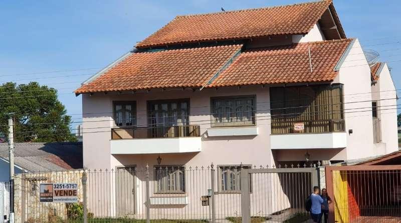 Casa  4 quartos e 2 suítes no Brusque - Imóveis a venda em Lages e região