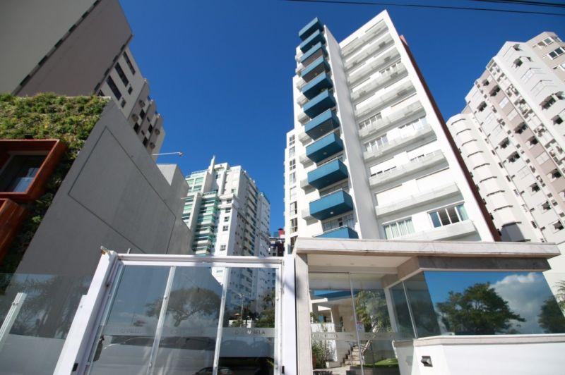 APARTAMENTO 3d  no bairro Centro em Florianópolis