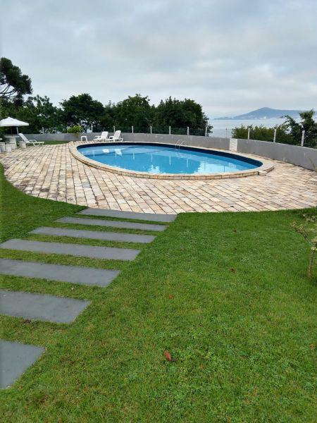 Apartamento 5d  no bairro Bom Abrigo em Florianópolis