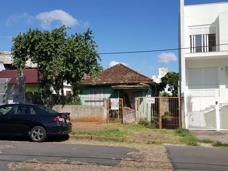 Terreno no bairro Santo Antônio em Porto Alegre - Park Imobiliária - Bairro Partenon   Porto Alegre-RS