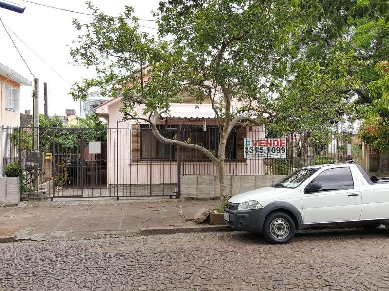 Casa 4d  no bairro São José em Porto Alegre - Park Imobiliária - Bairro Partenon | Porto Alegre-RS