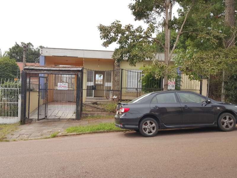 Casa 3d  no bairro Medianeira em Porto Alegre - Park Imobiliária - Bairro Partenon | Porto Alegre-RS