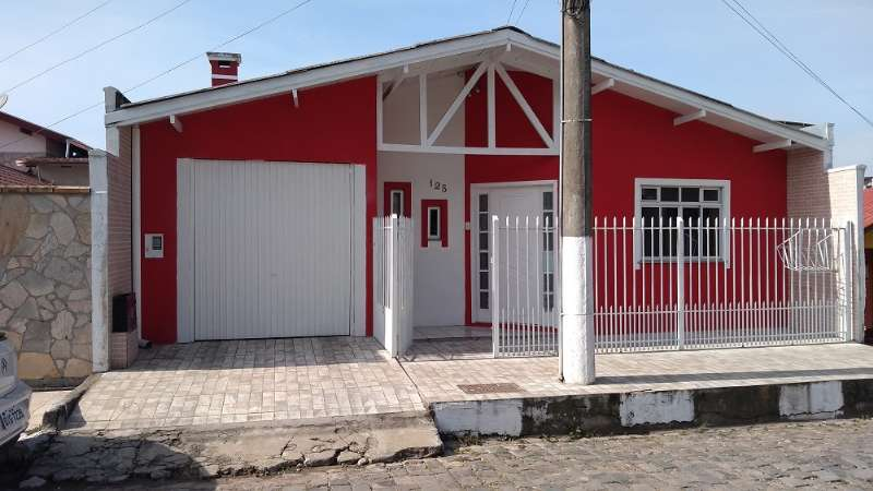 Casa 4 quartos  no Petrópolis
