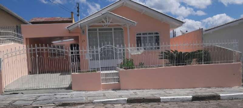 Casa 3 quartos  no Petrópolis