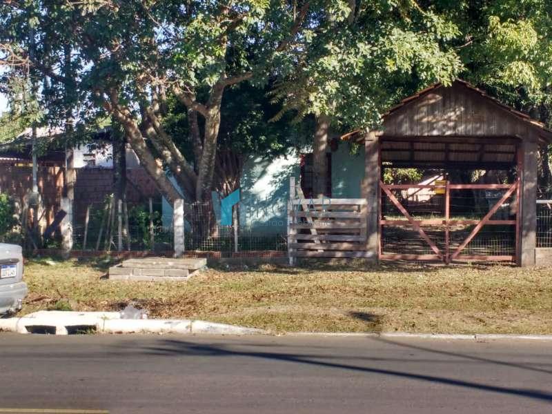 Casa 2 dormitórios no bairro Harmonia em Canoas