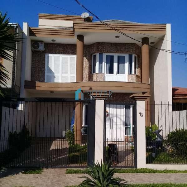 Sobrado 3 dormitórios no bairro Harmonia em Canoas