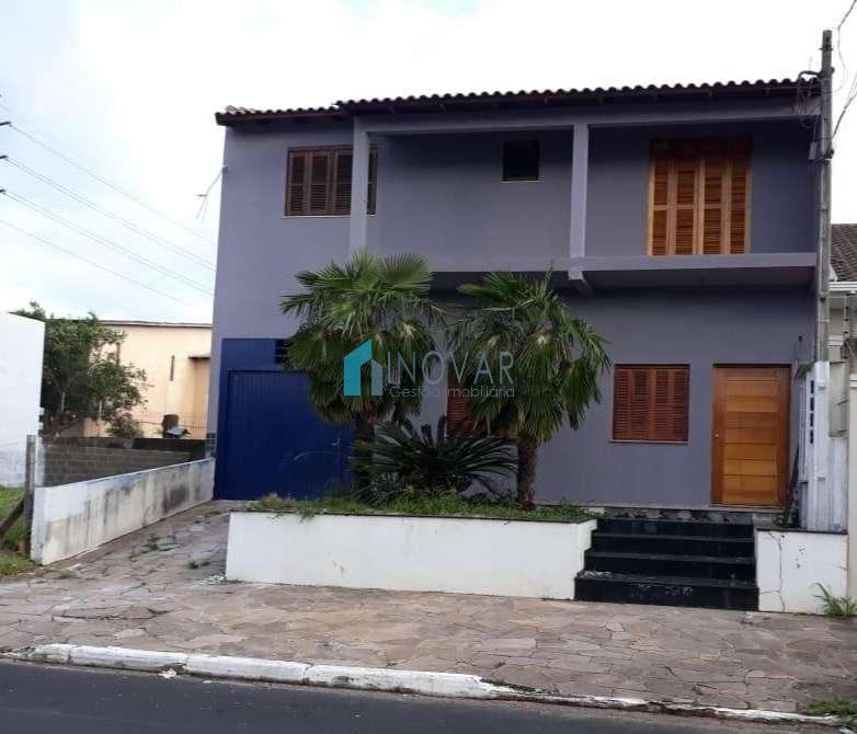 Sobrado 3 dormitórios no bairro Vila Igara em Canoas