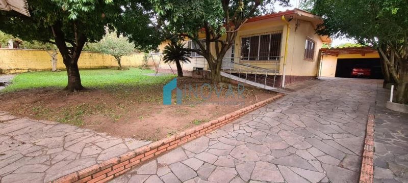 Casa 3 dormitórios no bairro Nossa Senhora das Graças em Canoas