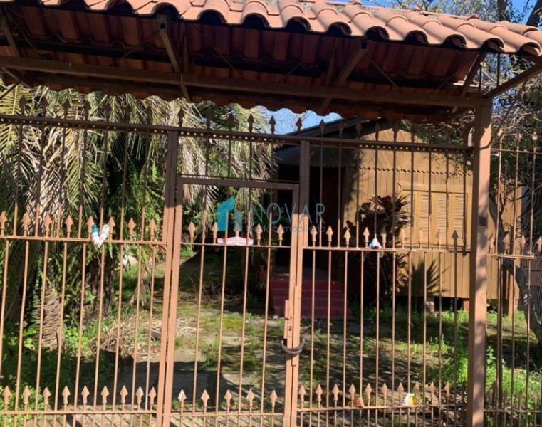 Casa 3 dormitórios no bairro Niterói em Canoas