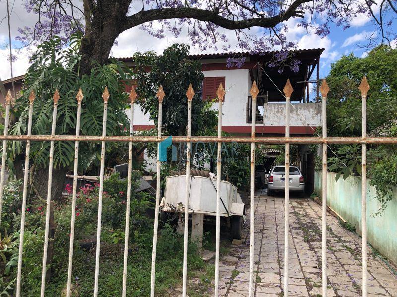 Casa 5 dormitórios no bairro Harmonia em Canoas