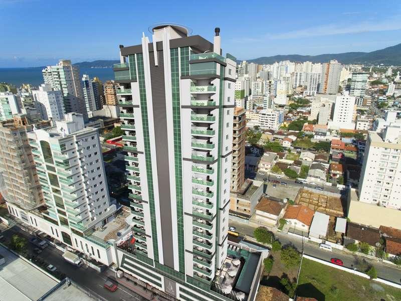 Apartamento 3 Suítes  no Meia Praia em Itapema