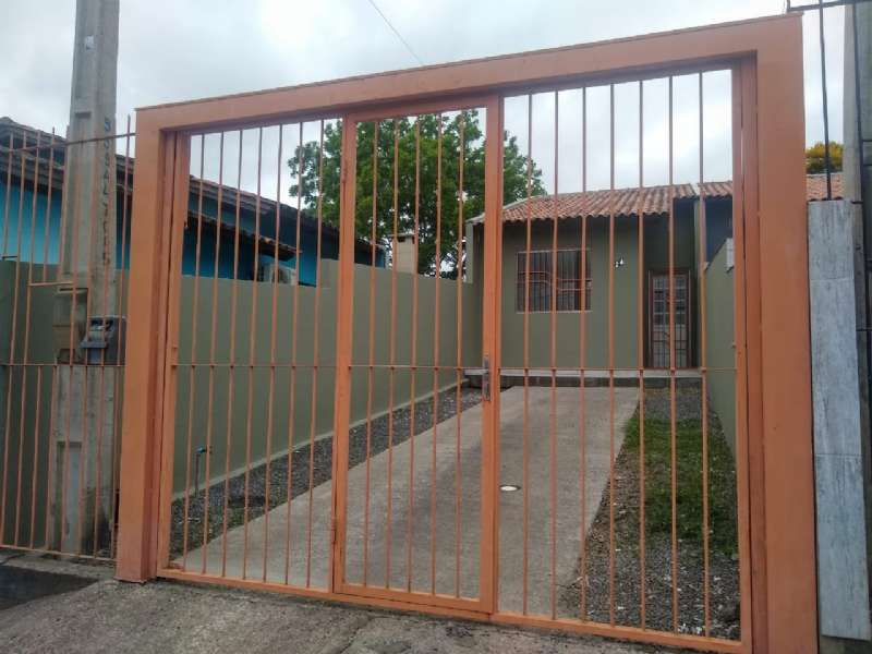 Casa 2d  no bairro Vila Imperial em Gravataí - Mendes Imóveis - Bom Sucesso | Gravataí - RS